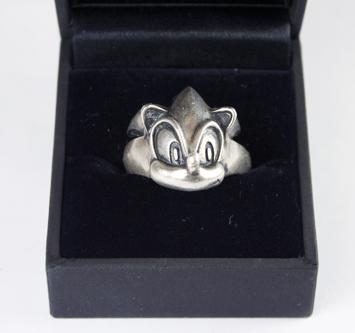 sonic silver ring