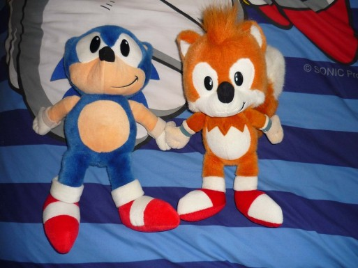 Sonic___Tails_plushies_by_OrangeUnicorn1984