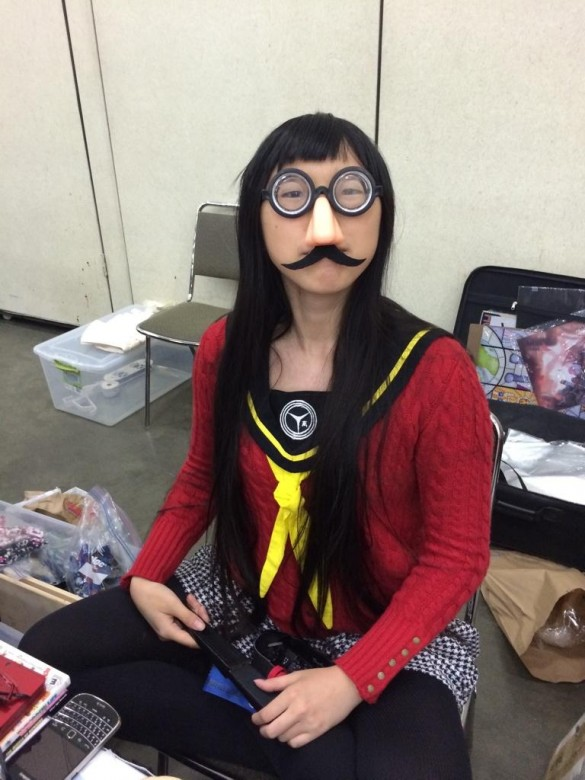 This Yukiko Cosplayer has gone the extra mile with those glasses!